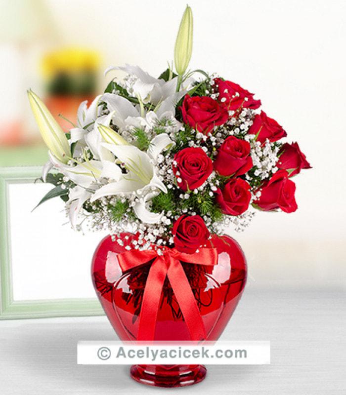 Kırmızı Gül Lilyum Aşkı